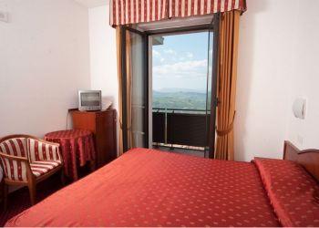 Hotel San Marino, Viale Federico D'Urbino, 36 B, Hotel Joli***