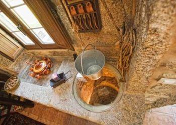 Aldea de Buituron, 15124 Muxía, Casa Castiñeira