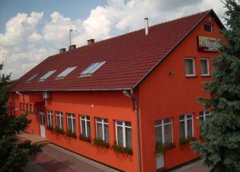 Wohnung Kisszállás, Ady Endre utca 4., Napsugár Vendégház és Rendezvényház