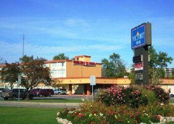 Hotel Mount Clemens, 1 North River Road, A Victory Inn - Mount Clemens
