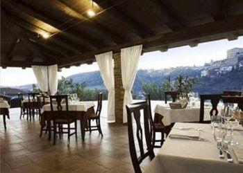 Hotel Castellinaldo, Via Priocca 7, Mongalletto