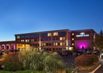 Hotel Massachusetts, 15 Middlesex Canal Park Rd, Crowne Plaza Boston Woburn