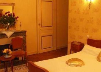 Londeau, 61250 Valframbert, Chambres D'hôtes Le Château Des Requêtes