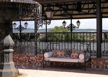 Hotel Cenicientos, CTRA. ALMOROX-CENICIENTES, KM 4, 45900  ALMOROX, Los Enebrales Resort & Spa