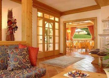 Hotel Madonna di Campiglio, Via Vedretta Di Lares 8, Hotel Garnì La Soldanella
