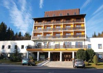 Hotel Mala Moravka, Karlov pod Pradědem 182, Horský hotel Kamzík s výhledem do krásné přírody