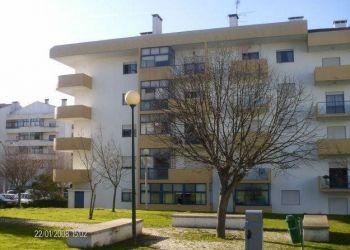 3 bedroom apartment Nelas, Quinta do Galo Lt, Lluvia: I have a room