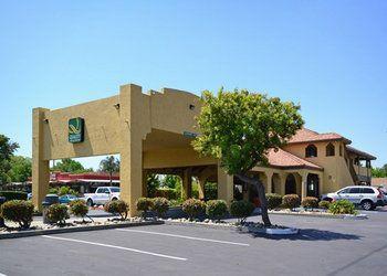 8430 Murray Ave., 95020 Gilroy, Quality Inn & Suites
