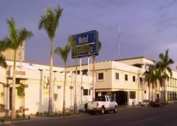 Av. Jalisco #350 nte. Esq. Morelos, Ciudad Obregon, Travelodge Hotel