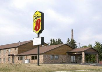 Hotel Wisconsin, 1610 W Lakeshore Dr, Super 8 Motel