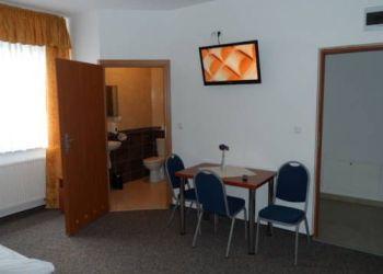 Hotel Raszyn, Ul. Sikorskiego 8, Hotelik Gold