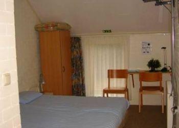 Weenderstraat 4, 9551 TK Sellingen, Hotel De Waalehof