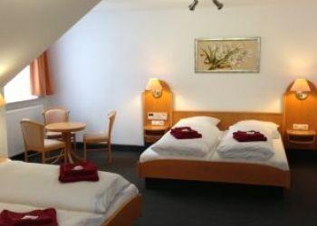Struckbergstr. 23, 27721 Ritterhude, Hotel Restaurant Jägerstuben