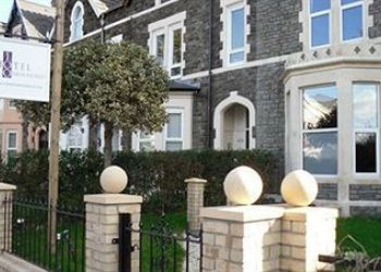 Pension Cardiff, 100 Newport Road, Bed and Breakfast One Hundred