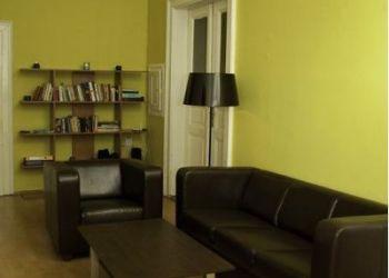 3 bedroom apartment Praha 2, Korunni, Richard: I have a room