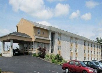 Hotel Lancaster, 2151 Lincoln Hwy E, Hotel Knights Inn Lancaster, PA**