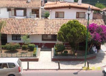 Avenida Juarez 519, 51200 Valle de Bravo, Hotel Ixtlan