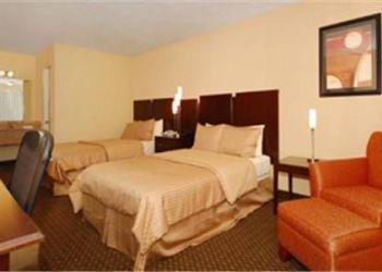 Hotel Thurmack, 303 Zion Church Road, Best Western Braselton Inn