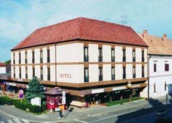 Zrínyi tér 2., 7900 Szigetvár, Hotel Oroszlán