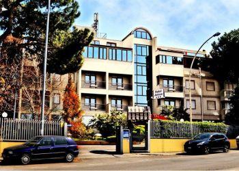 Hotel Rome, Via Silicella 41, Hotel Jonico***