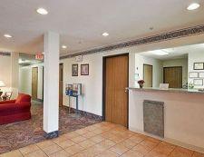 1880 W 12th St, 68333 Crete, Hotel Super 8 Crete** - ID2