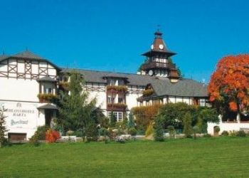Hotel Velká Hleďsebe, Klimentov 132, Schloosshotel Barta Sanatorium