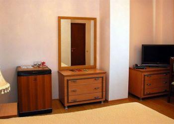 Hotel Baku, Bak hri, Ü. Hcibyov küç.48, Hotel Ganjali Plaza****