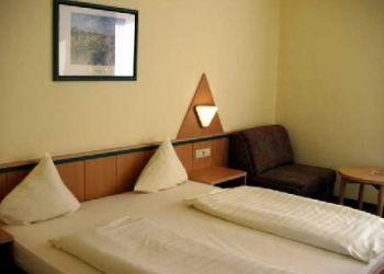 Hotel Baden, Franz Scheuhammer Schützengasse / 36, Hotel Motel Baden***