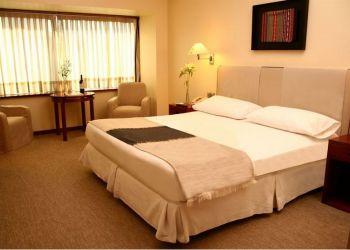 Hotel Santiago, San Antonio 65, Hotel Galerias***