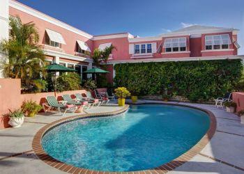 Hotel Pembroke, 24 Rosemont Avenue, Hotel Royal Palms***