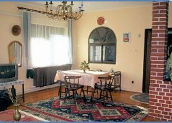Wohnung Szécsény, Serházkert út 1., Serházkert Vendégház