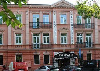 Słowackiego 11, 26-600 Radom, Europejski ***
