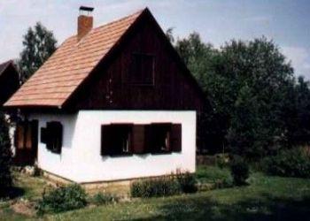 č.ev. 3, Mladějov, Chata v centru Českého Ráje