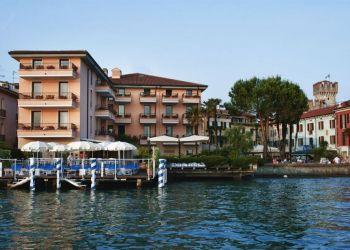 Piazza Carducci 19, 25019 Sirmione, Hotel Eden****