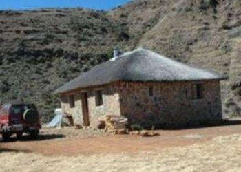 Casa de huéspedes/Pension Makhalaneng, Makhalaneng, Casa Tumi