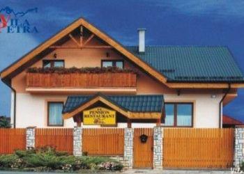 Tatranská 25, Veľký Slavkov, Vila Petra