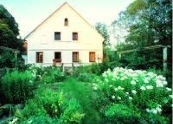 Nr. 48, 8384 Minihof-Liebau, Landhofmühle - Claudia und Franz Fartek