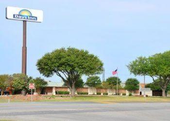 2950 N Hwy 123 Bypass, Texas, Days Inn