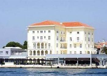 Obala maršala Tita 24, HR-52440 Poreč, Hotel Palazzo****