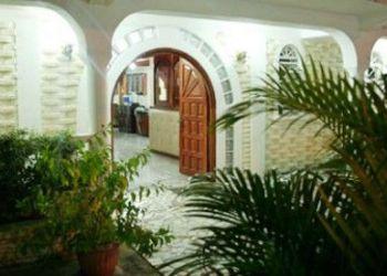 Pensjonat Georgetown, Aubrey Barker Rd, EASE Chalet Guest Suites