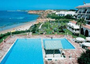 64-68 - Conil de la Frontera, 11149 Fuente del Gallo, Hotel Flamenco Conil***