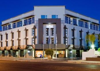 Hotel Kurrees, 26 Schroder Street, Protea Hotel Oasis