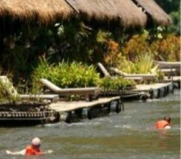Baan Tahsao, Amphur Saiyoke, 70150 Kanchanaburi, Hotel River Kwai Jungle Rafts Resort***