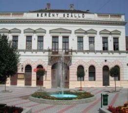 Kossuth Lajos tér 11., 5650 Mezőberény, Berény Étterem és Fogadó