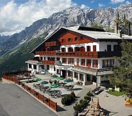 Località Ciuk 10, 23030 Valdisotto, Hotel Vallechiara***