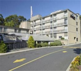 1052 Boston Post Rd / I-95, 6460 Forest Heights, Howard Johnson Hotel - Milford