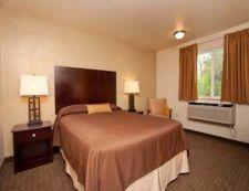 821 Evergreen Rd, Oregon, Super 8 Motel Woodburn - ID2