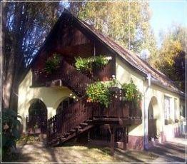 Remetei u. 35., 5624 Doboz-Szanazug, Fater Motel