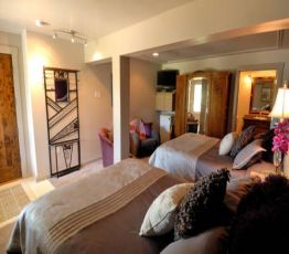 360 Grand Avenue, 59911 Bigfork, Swan River Inn