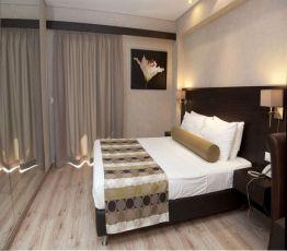 Fan Vaik 5, 10558 Alimos, Hotel Nefeli****